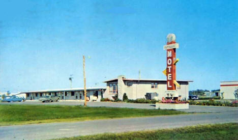 Golf Terrace Motel, Crookston Minnesota, 1967