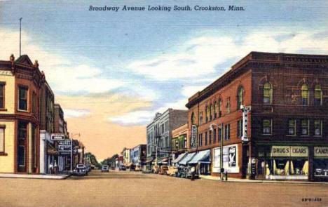 Broadway Avenue looking South, Crookston Minnesota, 1945