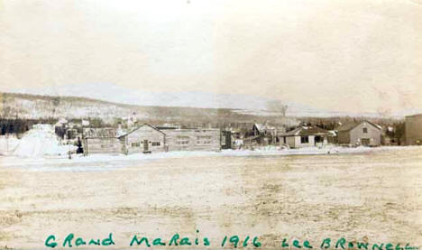 General view of Grand Marais Minnesota, 1916