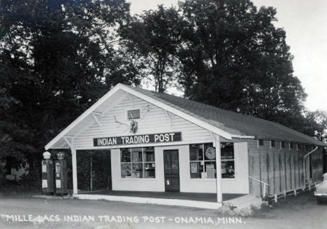 Indian Trading Post, Onamia Minnesota, 1940's