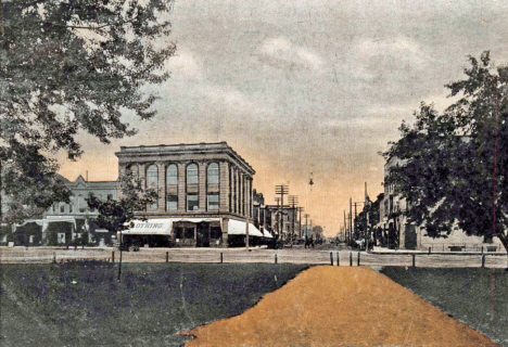 South Cedar Street, Owatonna Minnesota, 1908