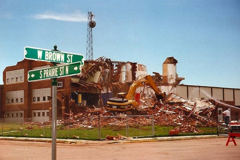 Comfrey School after tornado, Comfrey Minnesota, 1998