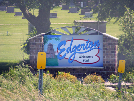 Welcome sign, Edgerton Minnesota, 2014