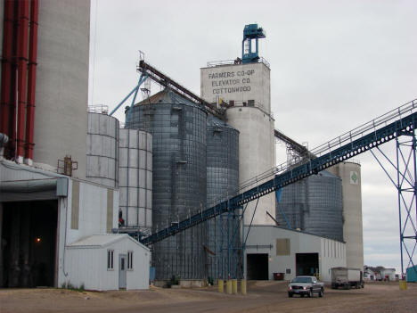 Farmers Co-op Elevator, Cottonwood Minnesota, 2005
