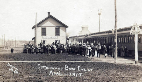 Cottonwood enlistees at Train Depot, Cottonwood Minnesota, 1917