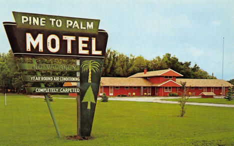Pine to Palm Motel, Crookston Minnesota, 1961