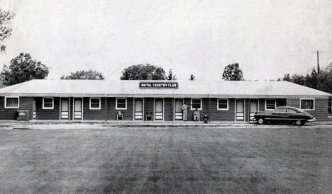 Motel Country Club, Crookston Minnesota, 1950's