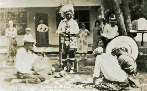 The Moccasin Game, Mille Lacs Lake, Onamia Minnesota, 1920's?