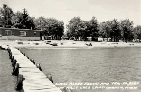 Shore Acres Resort and Trailer Park on Mille Lacs Lake, Onamia Minnesota, 1950's