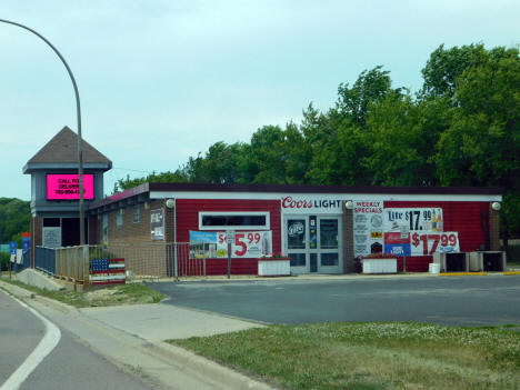 Liquor Store, Waverly Minnesota, 2020